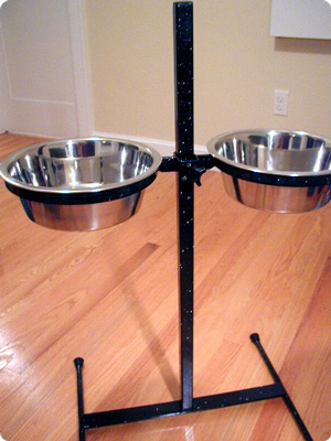 Our feeder in standard black with silver glitter powder coat clear.